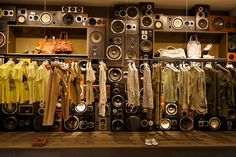 Google Image Result for http://retaildesignblog.net/wp-content/uploads/2011/11/Diesel-flagship-store-Ginza-Tokyo-02.jpg