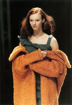 """cotonblanc: """" """" Radical Knitwear Yohji Yamamoto, autumn/winter 1998–1999. In contrast to McQueen, the simplicity of hand-knitting and the basic construction of Yamamoto's pieces conjured a romantic innocence and naïveté, as the models hugged the..."""