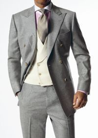 For slightly less formal occasions a morning suit should be worn, which has mid-grey matching morning coat, waistcoat, and trousers (all cut the same as above); being more relaxed, this is a traditional option for events in less formal settings such as Royal Ascot, and is now often worn to weddings as well.