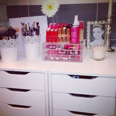 More makeup storage ideas