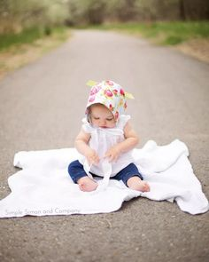 Make a Baby Bonnet from Two Fat Quarters--Simple Simon and Company Baby Bonnet Pattern Free, Baby Hat Knitting Pattern, Baby Hats Knitting, Beanie Pattern, Easy Sewing Patterns, Baby Patterns, Craft Patterns, Clothes Patterns, Sewing Clothes