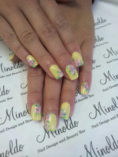 #nails #gelnails #floral #yellow #summernails #handpainted #sculpturedgelnails
