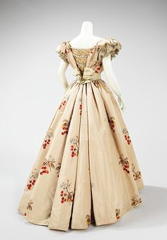 A cherry print Victorian dress...I think I've died and gone to historical fashion heaven! :) (House of Worth evening dress from 1898.) #Victorian #fashion #dress #clothing #cherry #woman #1800s #19th_century
