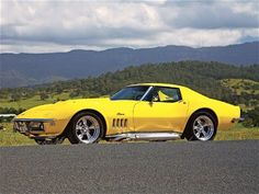 I don't have words... A Yellow '68 Chevy Corvette Stingray...