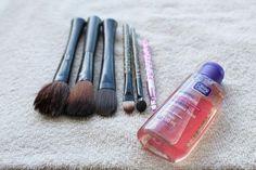Como lavar pincéis de maquiagem Blog da Cris