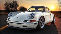 Kaege Retro Porsche 911 - based off of a modern 993 //