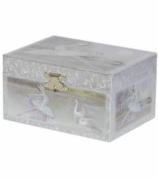 The Martina girl's musical ballerina jewelry box offers timeless appeal and sweet sentiment. With a charming ballerina design and open area storage, this jewelry chest will earn accolades from your own tiny dancer.