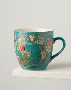 Large mug in a lovely turquoise colour with a floral pattern inspired by Indian folklore. Chocolate Mugs, Montego Bay, Kitchen Supplies, Mug Cup, Kitchen Accessories, Tea Cups, Coffee Mugs, Interior Design, Tableware
