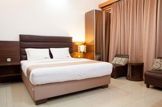 Bandung RedDoorz @ Hegarmanah Indonesia, Asia Ideally located in the prime touristic area of Setiabudi, RedDoorz @ Hegarmanah promises a relaxing and wonderful visit. The property features a wide range of facilities to make your stay a pleasant experience. To be found at the hotel are free Wi-Fi in all rooms, 24-hour security, daily housekeeping, 24-hour front desk, 24-hour room service. Comfortable guestrooms ensure a good night's sleep with some rooms featuring facilities su...