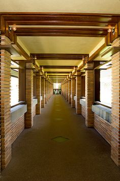Darwin D. Martin House. 1903-5. Buffalo, New York. Frank Lloyd Wright. Prairie Style.