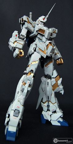 GUNDAM GUY: MG 1/100 RX-0 Gundam Unicorn - Customized Build