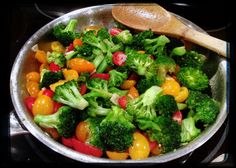 Broccoli, tri-colored cherry tomato & garlic sautéed in EVOO (from The 10 Day Detox by Dr. Mark Hyman).