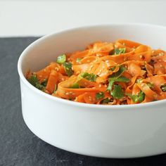 Spicy Sesame Carrot Salad by yumsugar #Salad #Carrot #Sesame #Healthy