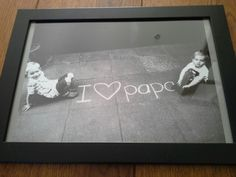nice photo idea for a homemade or decorated frame - photos - Fathers Day Photo, Fathers Day Crafts, Crafts To Make And Sell, Crafts For Kids, Kids Gifts, Gifts For Dad, Papa Tag, Do It Yourself Projects, Small Art