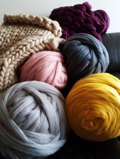 DIY blanket merino wool tops roving yarn to make chunky knittings blanket scarf OPENING SALE cheap shipping good price 4 lbs!!! Almost 2 kg