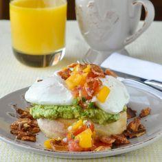 Guacamole Eggs Benedict with Fresh Tomato Jalapeño SalsaReally  Mein Blog: Alles rund um die Themen Genuss & Geschmack  Kochen Backen Braten Vorspeisen Hauptgerichte und Desserts