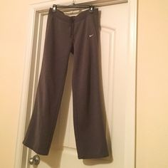 """Nike Women's Fleece Pants - New Listing! Great looking! Comfy, cozy fleece, extremely comfortable! Front rise 9"""" and inseam is 30"""". These were well loved and in excellent condition accept for small stain on backside of upper hip area shown in 3rd pic. It is unseen when wearing a longer shirt. Have a lot of life left in them! Nike Pants Track Pants & Joggers"""