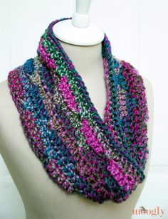 Get the free crochet pattern for this Luscious One Skein Cowl, uses Lion Brand's new yarn: Unique.