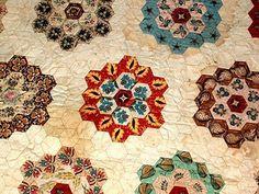Hexagon Quilt by Sandra Du Toit