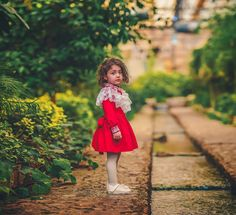 Image may contain: 1 person, standing, child and outdoor Cute Baby Girl Photos, Cute Little Baby Girl, Cute Baby Pictures, Cute Girls, Cute Baby Girl Wallpaper, Cute Babies Photography, Stylish Baby, Baby Girl Headbands, Fantasy Photography