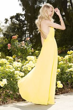 OUTFIT: Sunny Yellow Maxi Dress + Glam Wavy Hair + Minimal Golden Jewelry + ADD Ivory, Cream, Beige, or Nude Heels/FLATS! ||||| (IDEA: Wear shoes in Linen, Satin, Cotton, etc.)