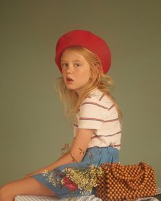 Série mode : Chloé, Milk magazine, girls fashion, stripes, kids editorial