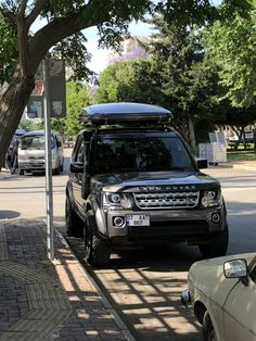 LR 4 , roof top tent Jeep Gear, Jeep 4x4, Land Rover Discovery Off Road, Range Rover Classic, Jaguar Land Rover, Batcave, Roof Top, Land Rover Defender, Aphrodite