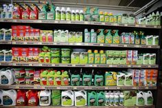 EU nations refused to back a limited extension of the herbicide glyphosate's use on Monday, threatening withdrawal of Monsanto's Roundup and other weed-killers from shelves if no decision is reached by the end of the month.