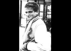 Robin Williams  http://www.suggest.com/celebs/4431/17-stunning-old-school-shots-of-celebs-in-their-prime