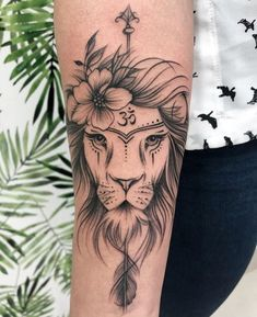 Geometric Animal Tattoo Ideas like the ones listed above are a complete rage these days. Hand Tattoos, Leo Tattoos, Future Tattoos, Body Art Tattoos, Sleeve Tattoos, Tatoos, Tattoo Girls, Girl Tattoos, Trendy Tattoos
