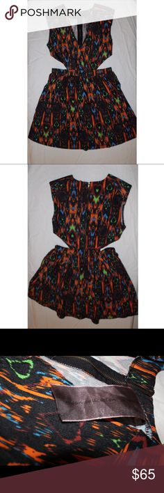 **1HR PRICE DROP ** Multicolored Aztec Print Dress Pretty bold and vibrant colors, jean stretch material, very versatile statement piece! One of my favorite outfits, worn about 3-4 times through out the years but doesn't fit anymore. In GREAT CONDITION!! Moon Collection Dresses Midi