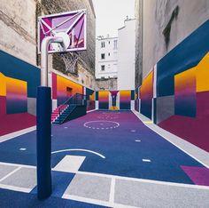 Pigalle Playground: Ein Basketballplatz mitten in Paris wird zum temporären Kunstwerk. © Alex Penfornis
