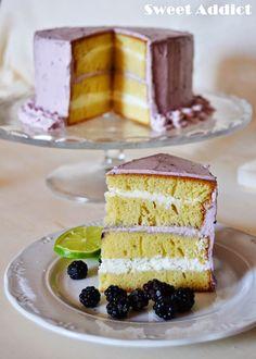 Tarta layer cake de moras y lima: http://sweetadict.blogspot.com.es/2014/09/layer-cake-de-moras-y-lima.html