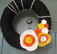 I love yarn wreaths!
