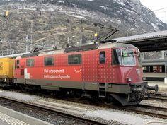 Swiss Railways, Smile, Train, Advertising, Photo Illustration, Smiling Faces