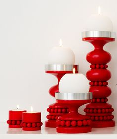 Nordic Thoughts: Christmas candle holders by Aarikka Red Candle Holders, Christmas Candle Holders, Candle Lanterns, Diy Candles, Christmas Lights, Christmas Diy, Xmas, Scandinavia House, Colors Of Fire