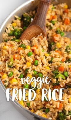 Simple veggie fried rice made with miso paste and other delicious ingredients. T… Simple veggie fried rice made with miso paste and other delicious ingredients. This fried rice is egg-free, vegan, and so tasty! via Karissa's Vegan Kitchen Tasty Vegetarian Recipes, Vegan Dinner Recipes, Vegan Dinners, Whole Food Recipes, Cooking Recipes, Vegetarian Fried Rice, Vegan Rice Dishes, Healthy Fried Rice, Rice Food