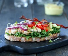 Bruschetta, Salmon Burgers, Sandwiches, Lunch, Breakfast, Ethnic Recipes, Food, Tapas, Morning Coffee