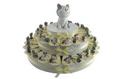 Torta bomboniera con 38 portachiavi gattini monelli in resina decorata (JT)