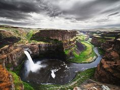 Do Go Chasing Waterfalls: 14 Beautiful Waterfalls in the U.S.