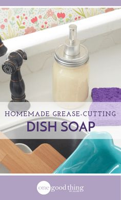 How To Make Your Own Simple, Grease-Cutting Dish Soap Learn how to make your own homemade dish soap using just a few simple ingredients. It cuts through grease and leaves behind a brilliant shine! Diy Home Supplies, Homemade Cleaning Supplies, Homemade Cleaning Products, Cleaning Recipes, Soap Recipes, Natural Cleaning Products, Cleaning Tips, Household Products, Green Cleaning