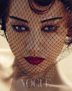 Lee Hyori, Infinite, Park Hae Il - Vogue + Lee Hyori - Nylon (May)