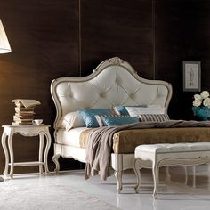High End Italian Small Bedside Table at Juliettes Interiors, bedsides and a large collection of Classic Italian Furniture. European Furniture, Italian Furniture, French Furniture, Contemporary Furniture, Luxury Furniture, Bedroom Set Designs, Living Room Designs, Dressing Table With Chair, Leather Bed
