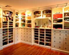 Gorgeous walk-in closet idea. I so wish I had the space... although I would need a LOT more shoe space!