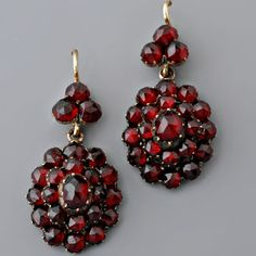 Bohemian Garnet - During the reign of Charles IV of Luxembourg, the garnets were referred to frequently in epic literature and in medical and astrological books called Lapidaries. In the legend �Life of St. Catherine�, the garnet is described to symbolize human virtues and placed amongst the finest gemstones.
