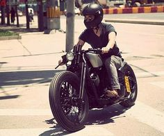 Mean Machine http://goodhal.blogspot.com/2013/10/man-and-machine-206.html #ManAndMachine #Motorcycle