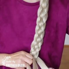 10 Different but Gorgeous Braiding Methods & Tutorials Don't you want to learn different braiding styles? We have compiled these hair tutorials for you! Different Braid Styles, Braided Hairstyles, Cool Hairstyles, Pinterest Hair, Great Hair, Hair Videos, Hair Designs, Hair Hacks, Curly Hair Styles