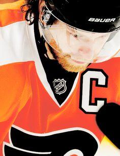Claude Giroux • Philadelphia Flyers