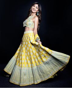 Shilpa Shetty Kundra Looks Pretty in This Beautiful Yellow Silk Lehenga Choli. Buy Such Designer Bollywood Yellow Silk Lehenga Choli- Yellow Lehenga, Silk Lehenga, Indian Lehenga, Bridal Lehenga, Lehnga Blouse, Diwali Dresses, Diwali Outfits, Shilpa Shetty, Bollywood Fashion