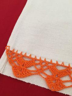 Elo7 | Produtos Fora de Série Crochet Edging Patterns, Crochet Borders, Crochet Stitches, Knitting Patterns, Crochet Doilies, Crochet Flowers, Crochet Lace, Edging Ideas, Crochet Projects